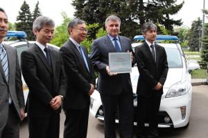13.05.2015 Япония передает авто для патрульных 12